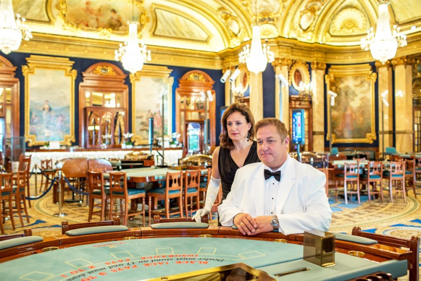 Photos dans le Casino de Monte-Carlo, Opération James Bond