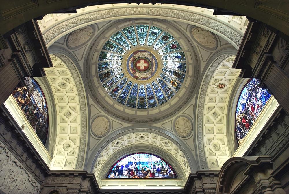 Bern, 20. 5. 2003 Copyright Peter Mosimann: Kuppel